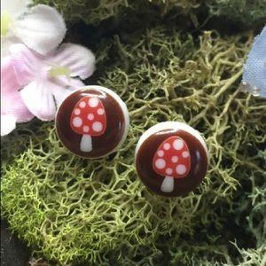 Mini mushroom earrings
